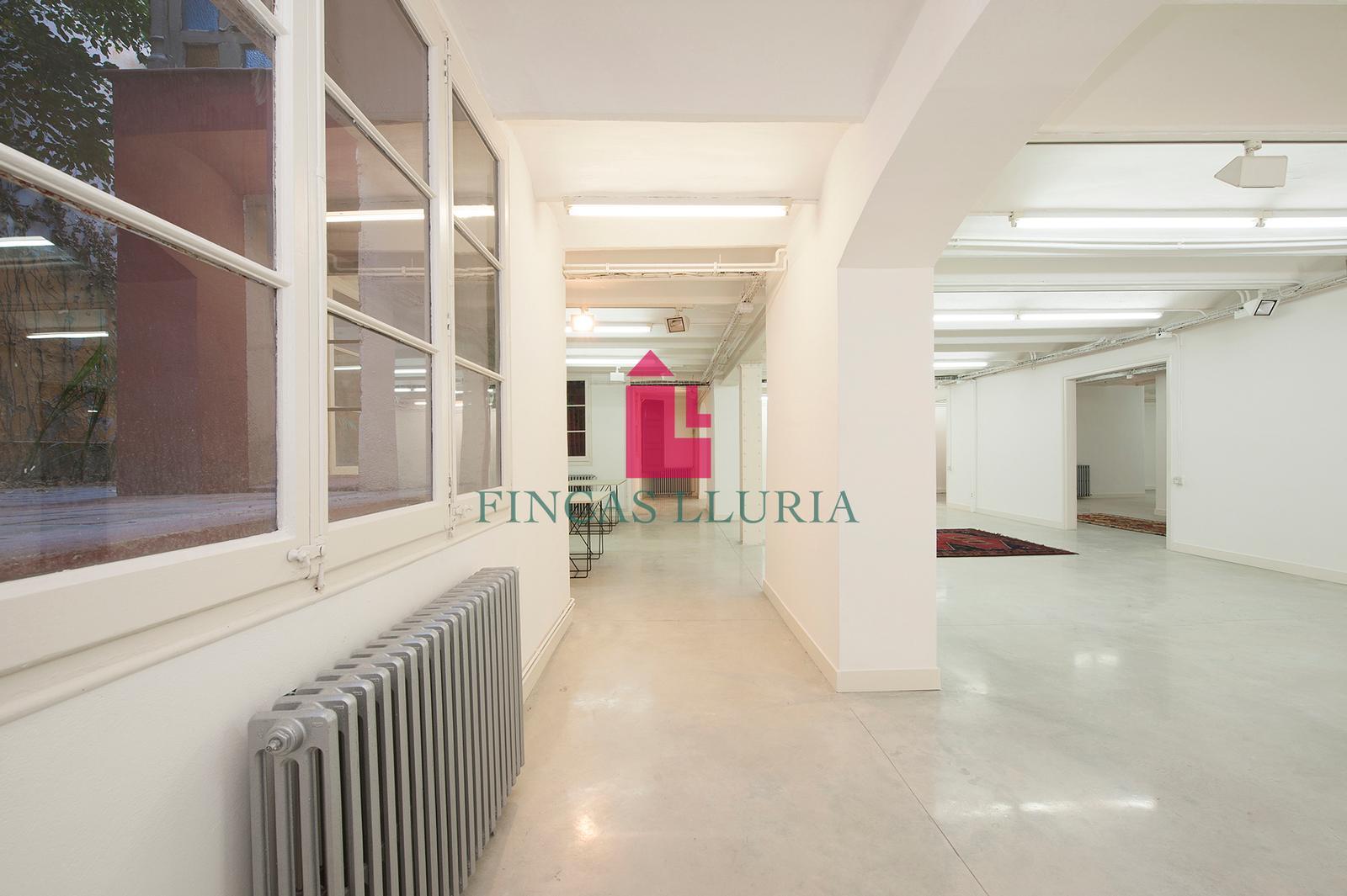 Ref.: 28565 - DESPATX AL CENTRE DE BARCELONA