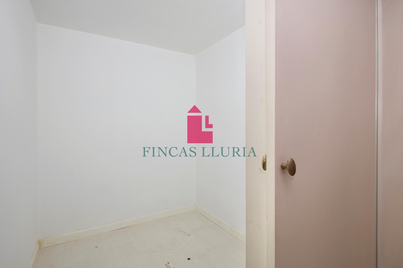 Ref.: 31297 - OPORTUNIDAD: LOCAL CON POSIBILIDAD DE VIVIENDA